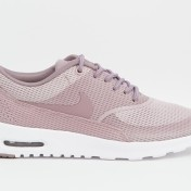 Nike - Fog Air Max Thea - Prune 124,99€